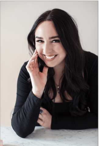 Athina Bailey Uses Manifestation Techniques To Grow Her Online Business
