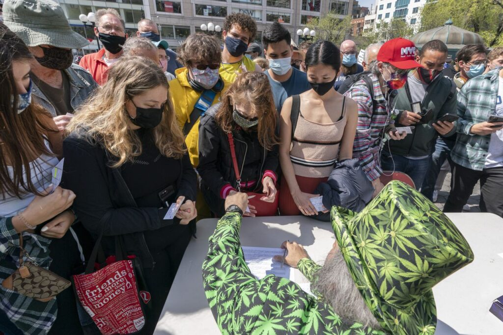 Can you give marijuana as a gift under NY's legal pot law?