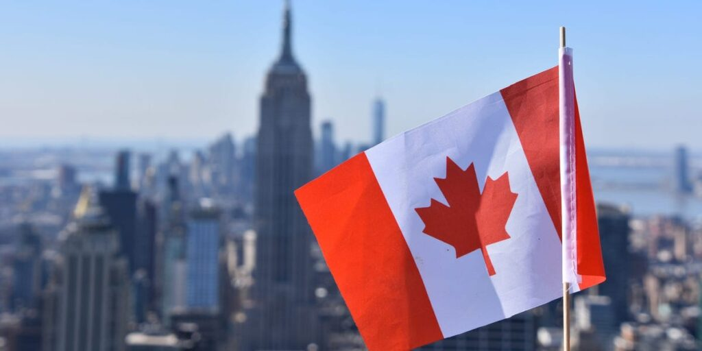 Canadian Lawyers Are Doubling Their Pay by Taking Jobs at US Firms