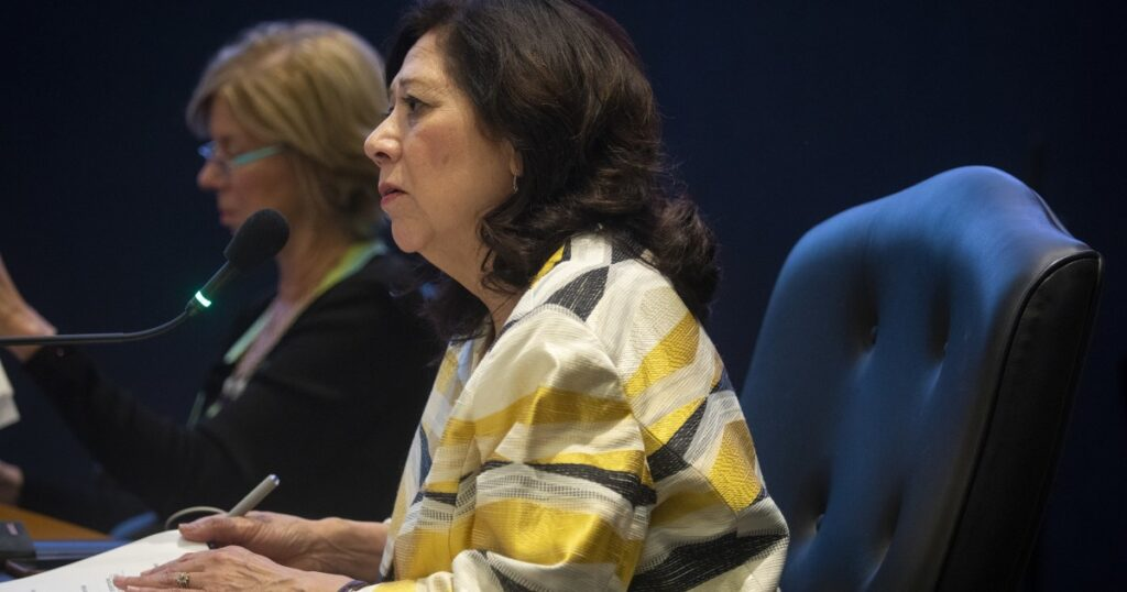 Some L.A. County government jobs to not require citizenship