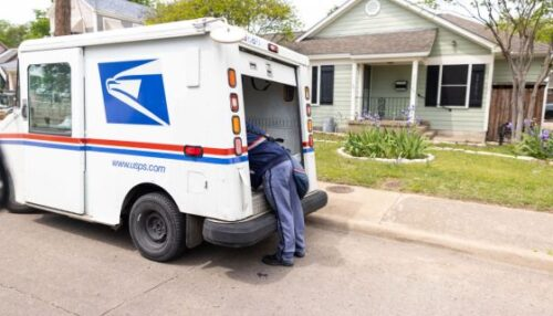 One Of The Largest Employers Of Black Workers USPS Is Guilty Of Wage Theft